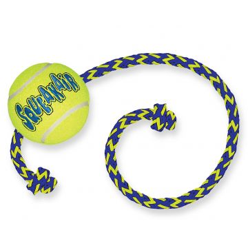 KONG Leke SqueakAir Ball m tau Gul M 6cm
